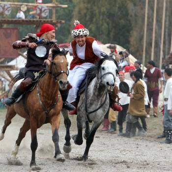 Kyz-Kuumai, kyrgyz traditional game, World Nomad Games