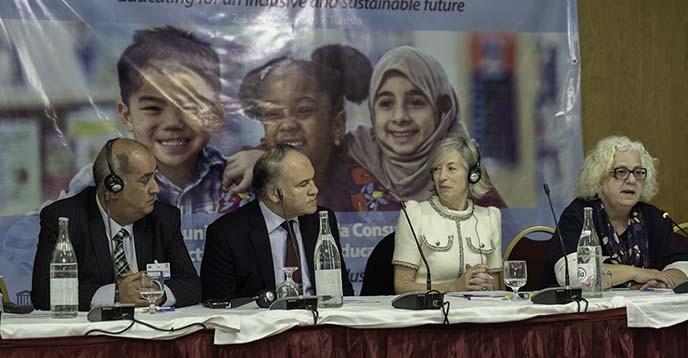 Coup d'envoi en Tunisie de la réunion des défenseurs de l'éducation issus de la société civile