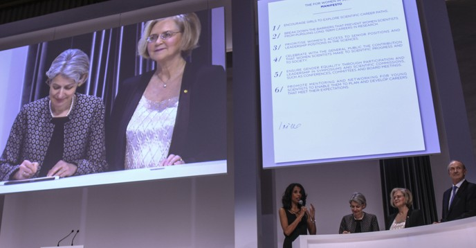 Signature of the Manifesto for Women in Science