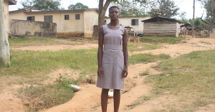Une jeune Ghanéenne poursuit son rêve de devenir médecin